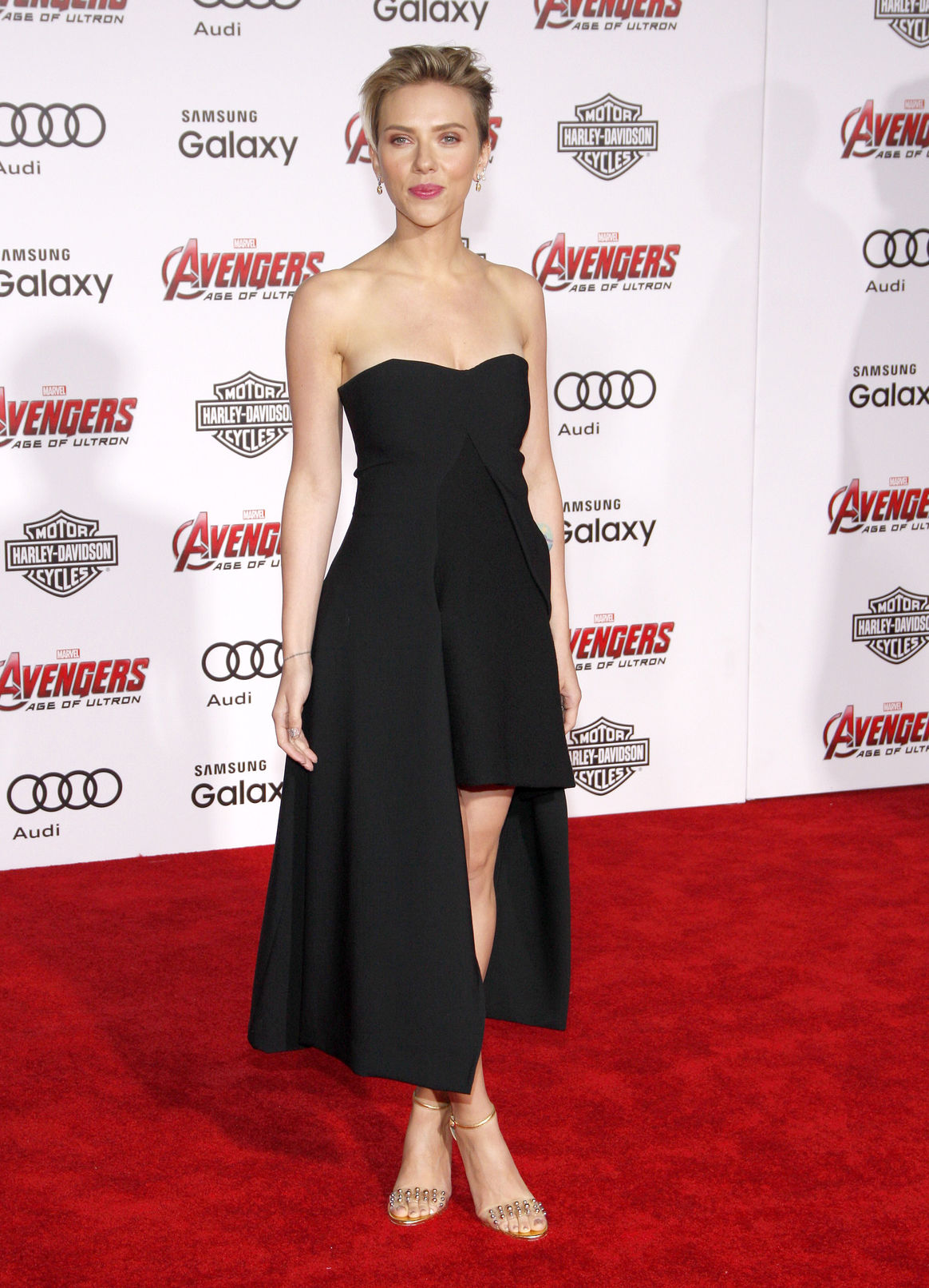Scarlett Johansson at the World premiere of Marvel's 'Avengers: Age Of Ultron', 2015 By buzzfuss / 123RF Stock Photo
