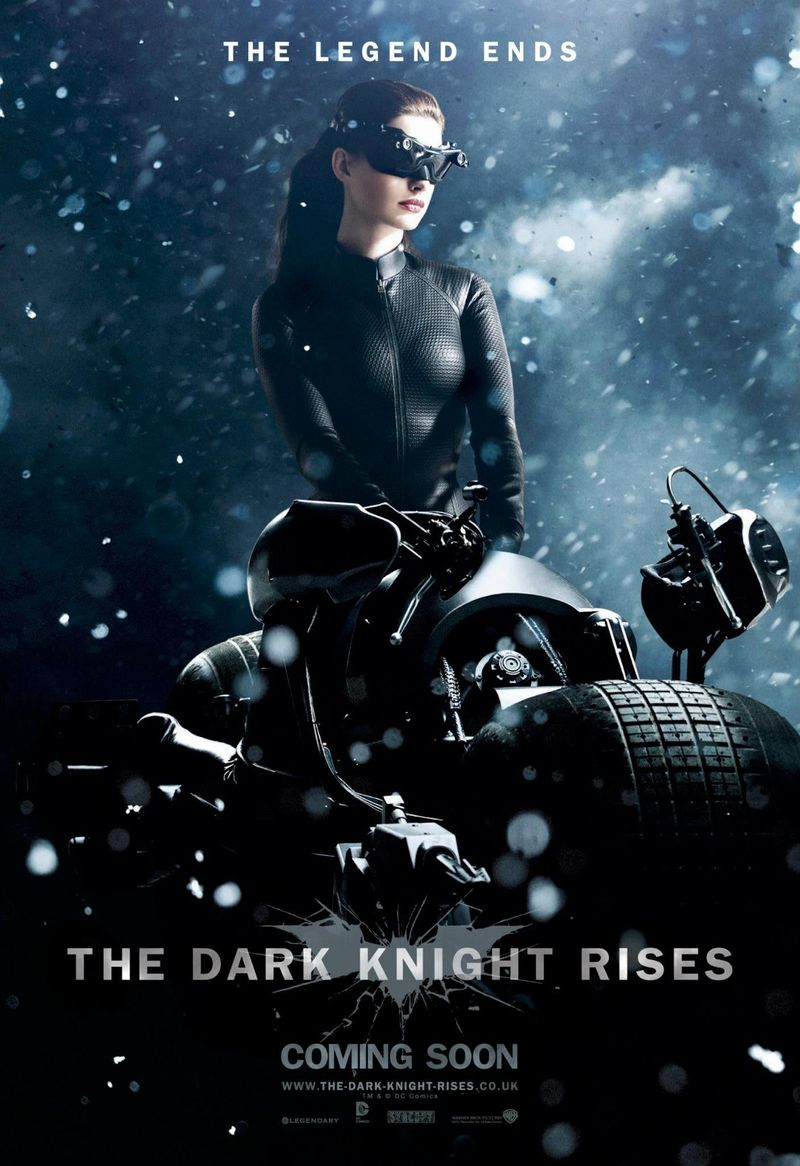 Anne-Hathaway-in-The-Dark-Knight-Rises-Movie-Poster